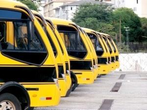 meeting-on-school-bus-1398666-m